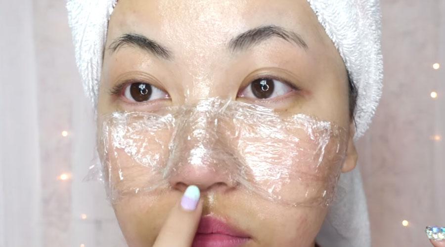 remove blackheads with vaseline