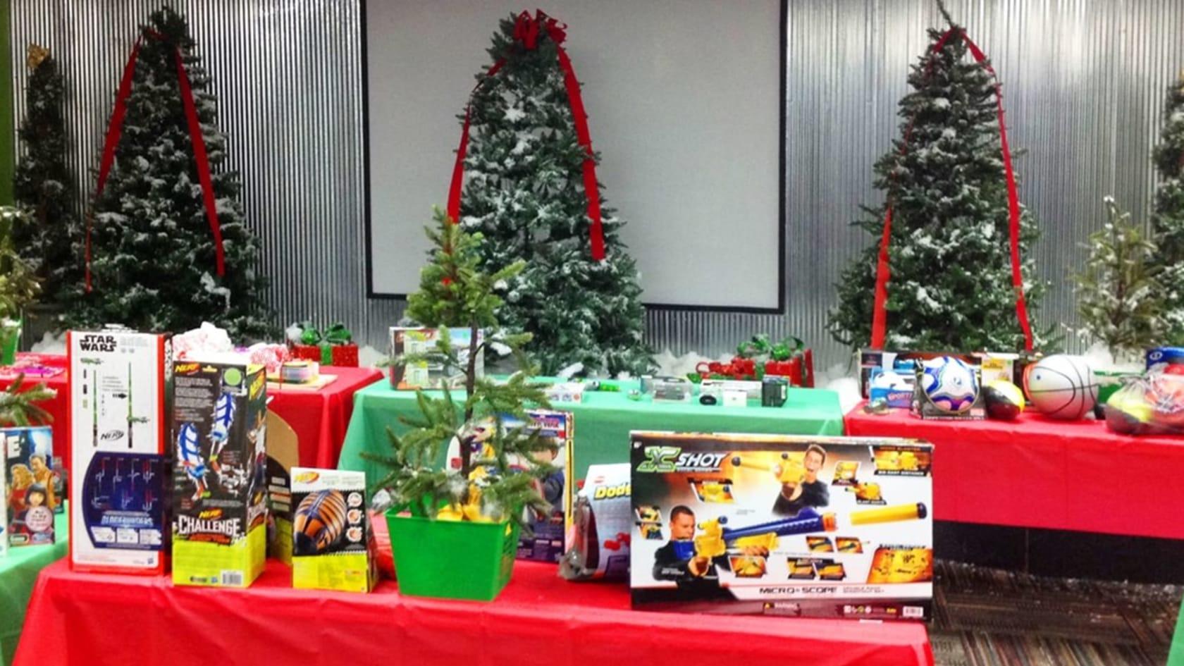 Help Kids this Christmas