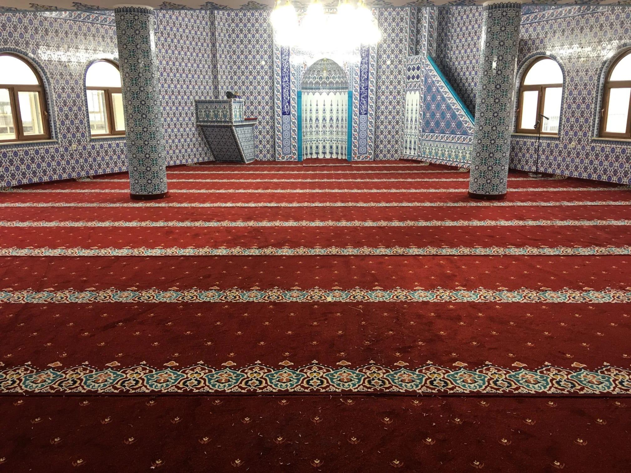 Ahmetçiler Cami Düzce Akrilik Cami Halısı