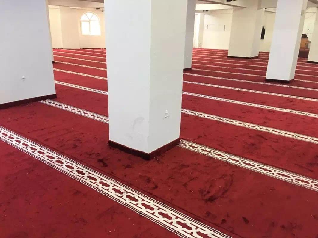 İzmir Buca Koop Cami Akrilik Halıları