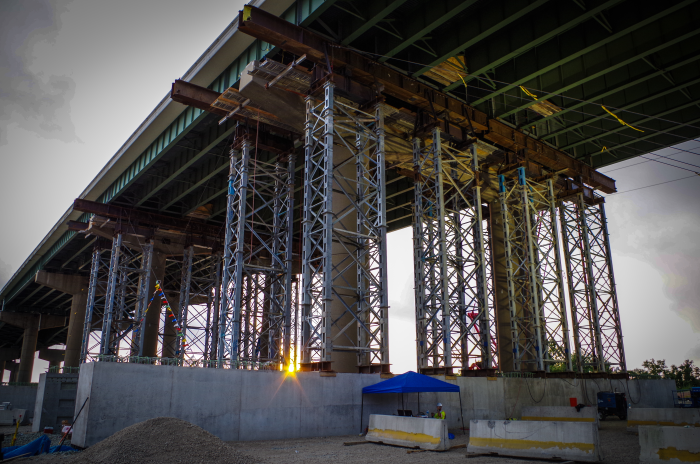 delaware: urgent action on bridge