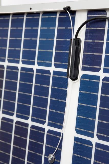 CS241 sur un panneau solaire