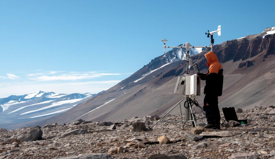 Dean Sandwell Antartic Soil Climate Monitoring