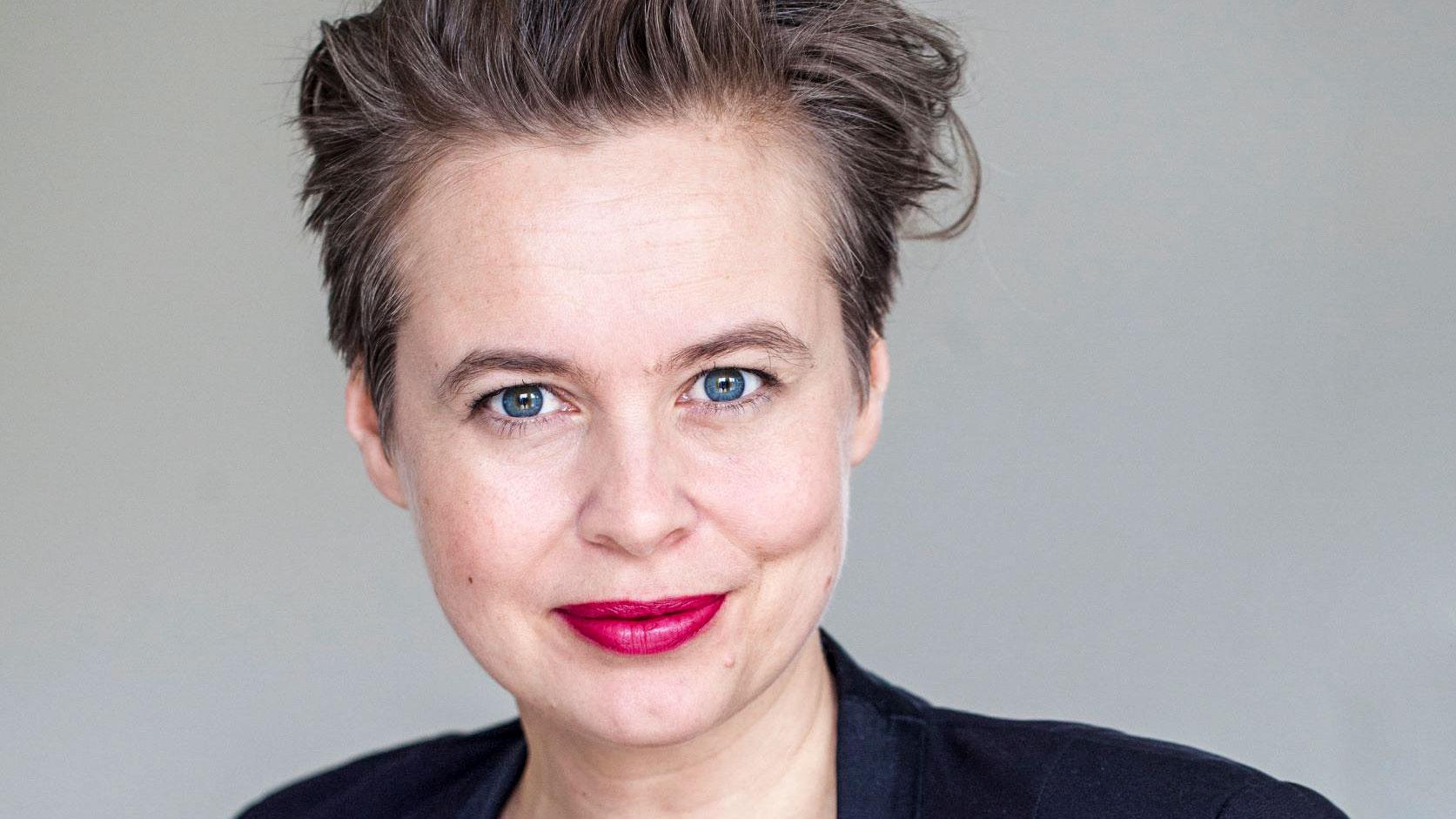 Anna Dahlqvist är journalist och författare.