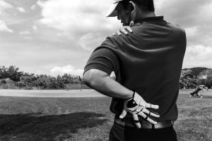 Golf pain shoulder
