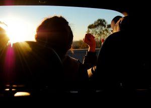 Friends in sunlight | Cannaray CBD