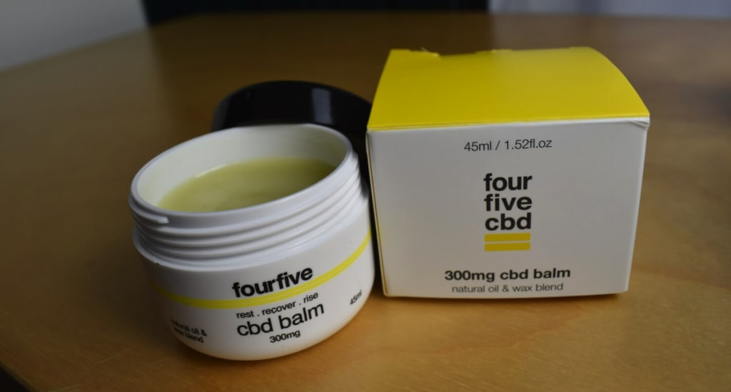 fourfivecbd CBD balm is both stiff and smooth; you cannot easily push your finger through this waxy blend.