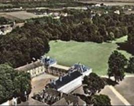 Résidence château de neuville