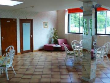 EHPAD Résidence le Val Fleury - Photo 1