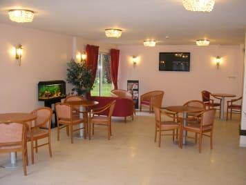 Maison de Retraite Résidence Saint-Aubin - Photo 1