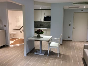 Repotel Marcoussis Residence Services - Photo 1