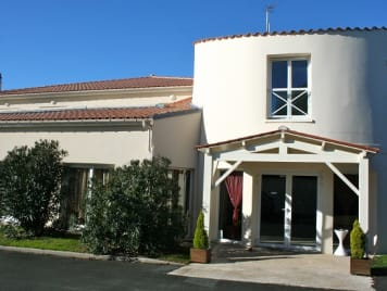 Les Residentiels - Tonnay - Photo 1
