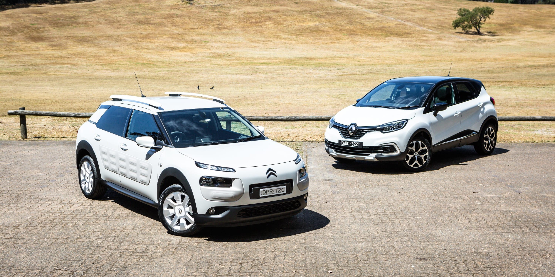2017 Citroen C4 Cactus petrol auto vs Renault Captur Intens 35