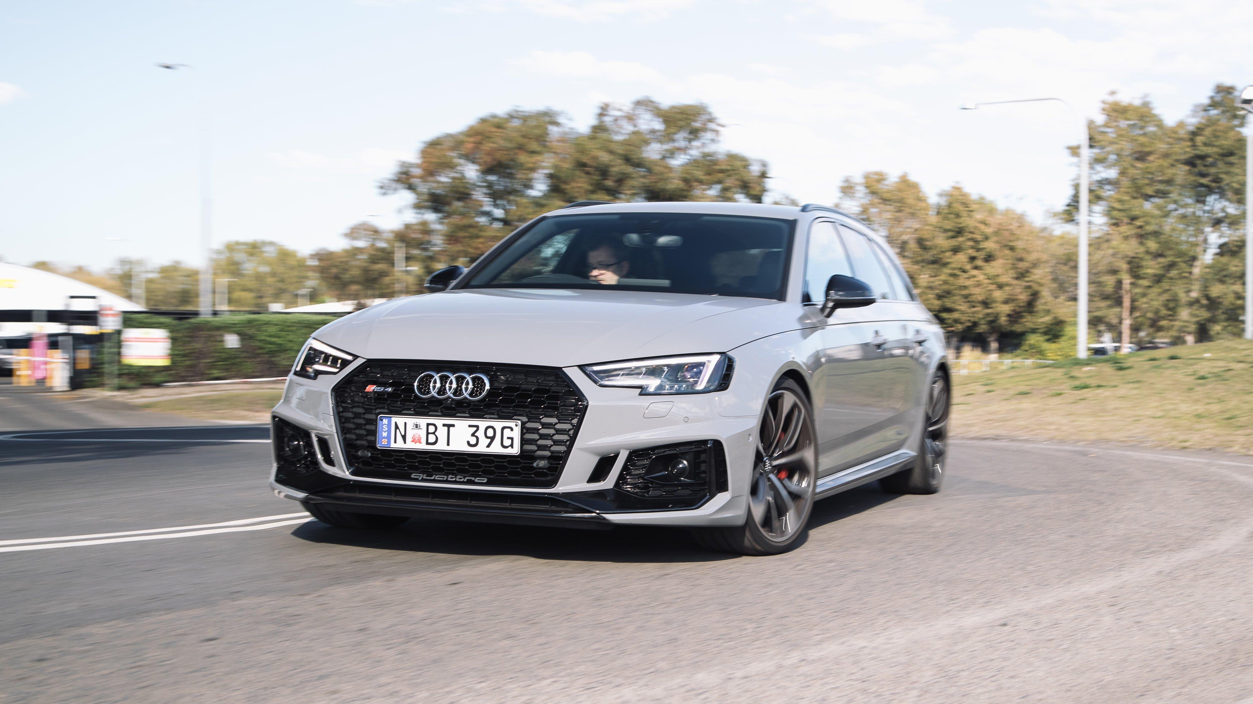 2018 Audi RS4 Avant 42 1