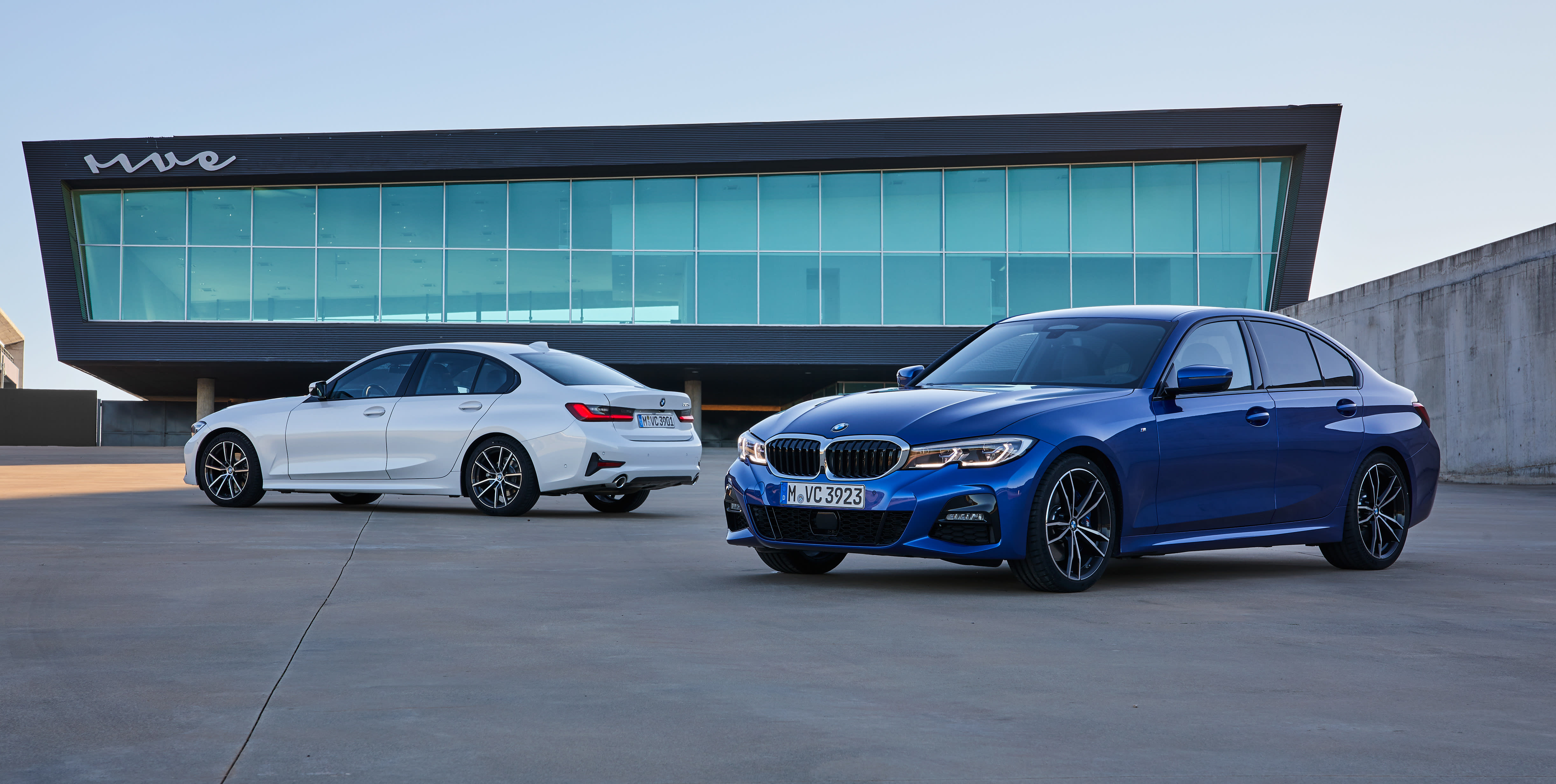 BMW 320d Sport Line 087