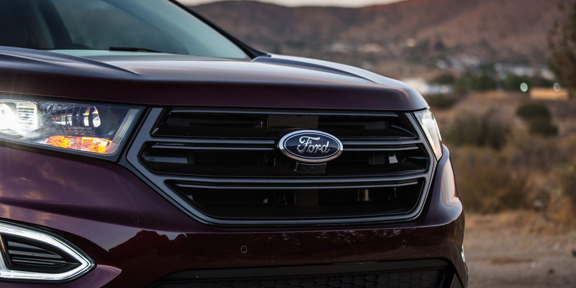 2018 Ford Edge 8