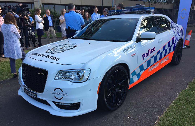 Chrysler 300C SRT NSW Police 01
