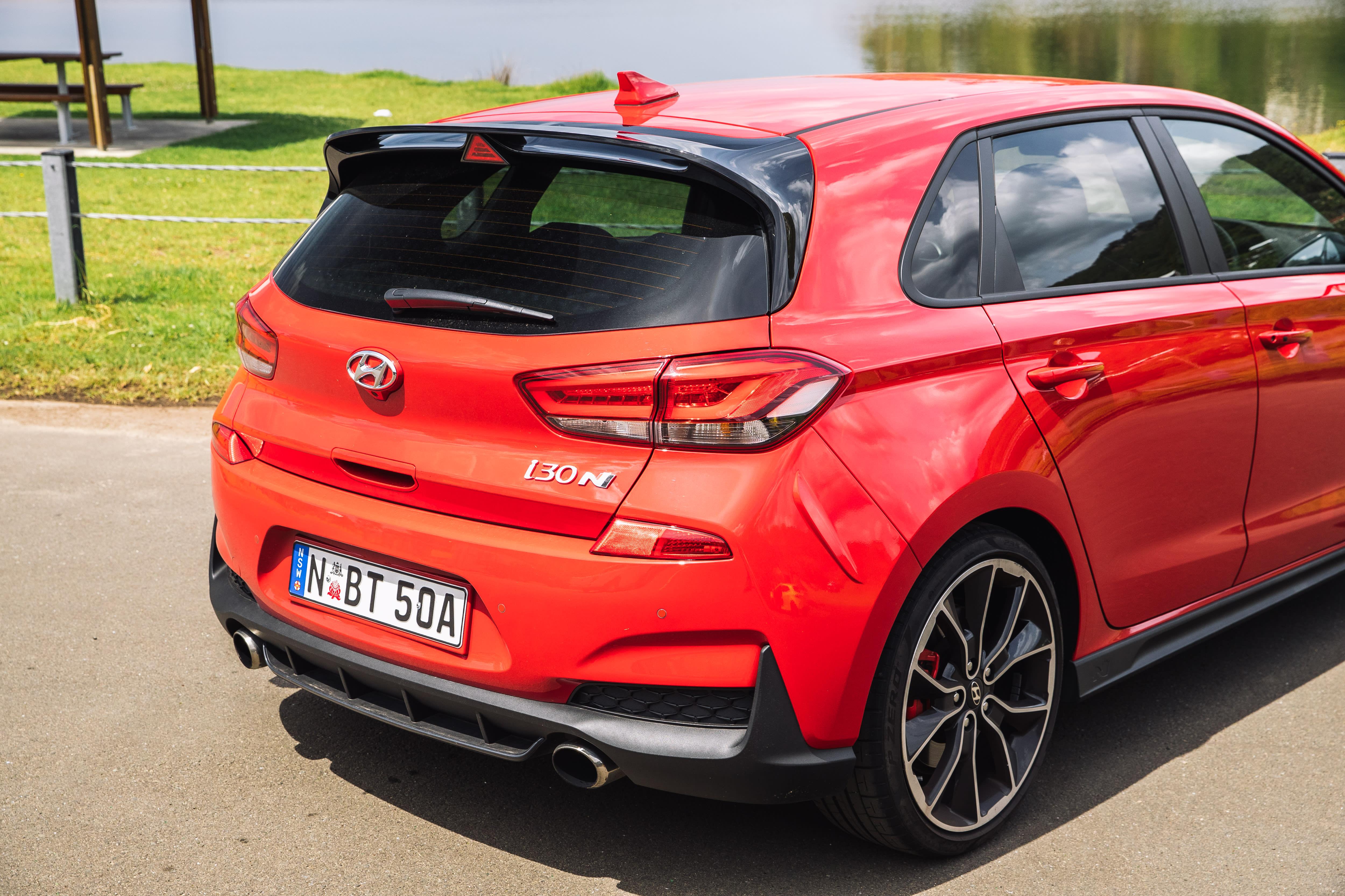 2019 Hot Hatch 3 way Hyundai i30 N Luxury pack v Renault Megane RS Sport EDC v Volkswagen Golf GTI MY19 180kW IMG SamVenn 96