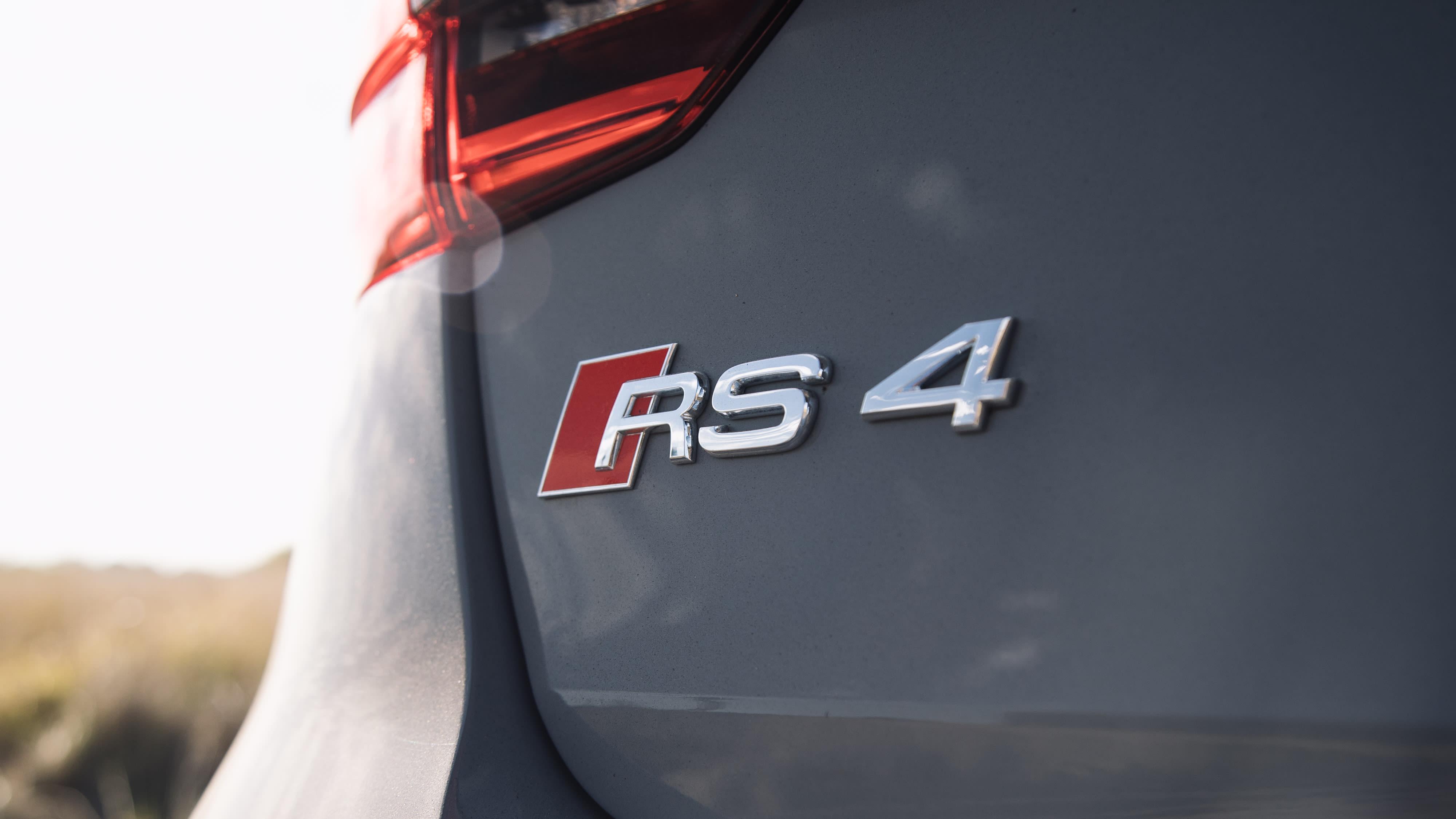 2018 Audi RS4 Avant 33