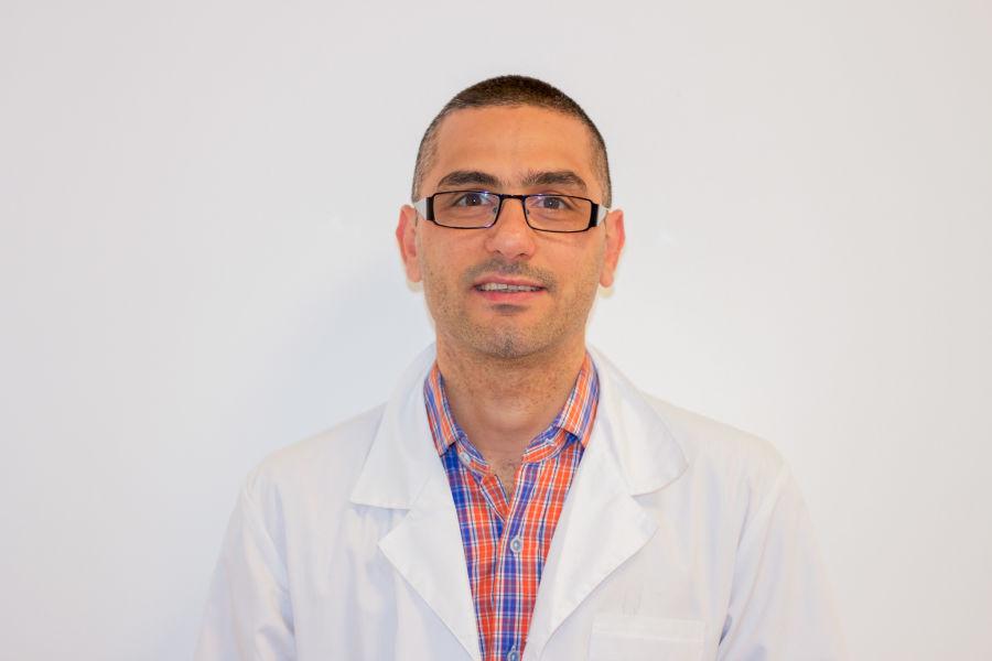 Dr. Juan Keushkerian