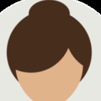 Yasmin Khan's avatar