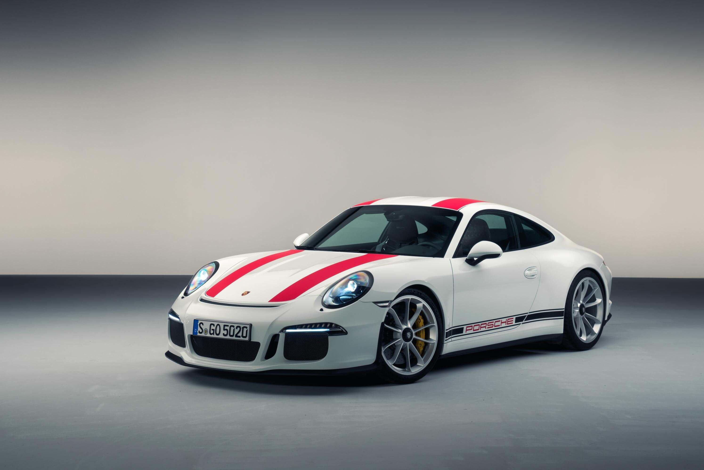 White Porsche 911 R