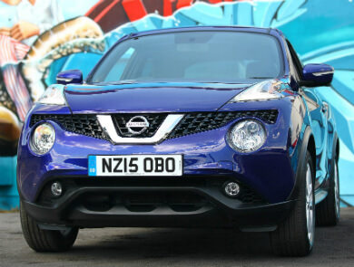 Nissan Juke in blue