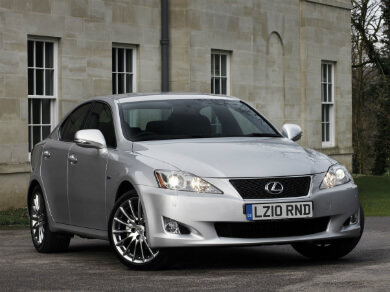 Lexus IS in silver