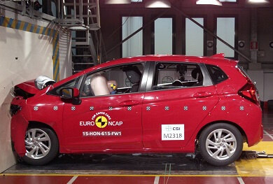 Red Honda Jazz crash test