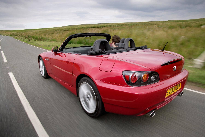 Red Mazda MX-5