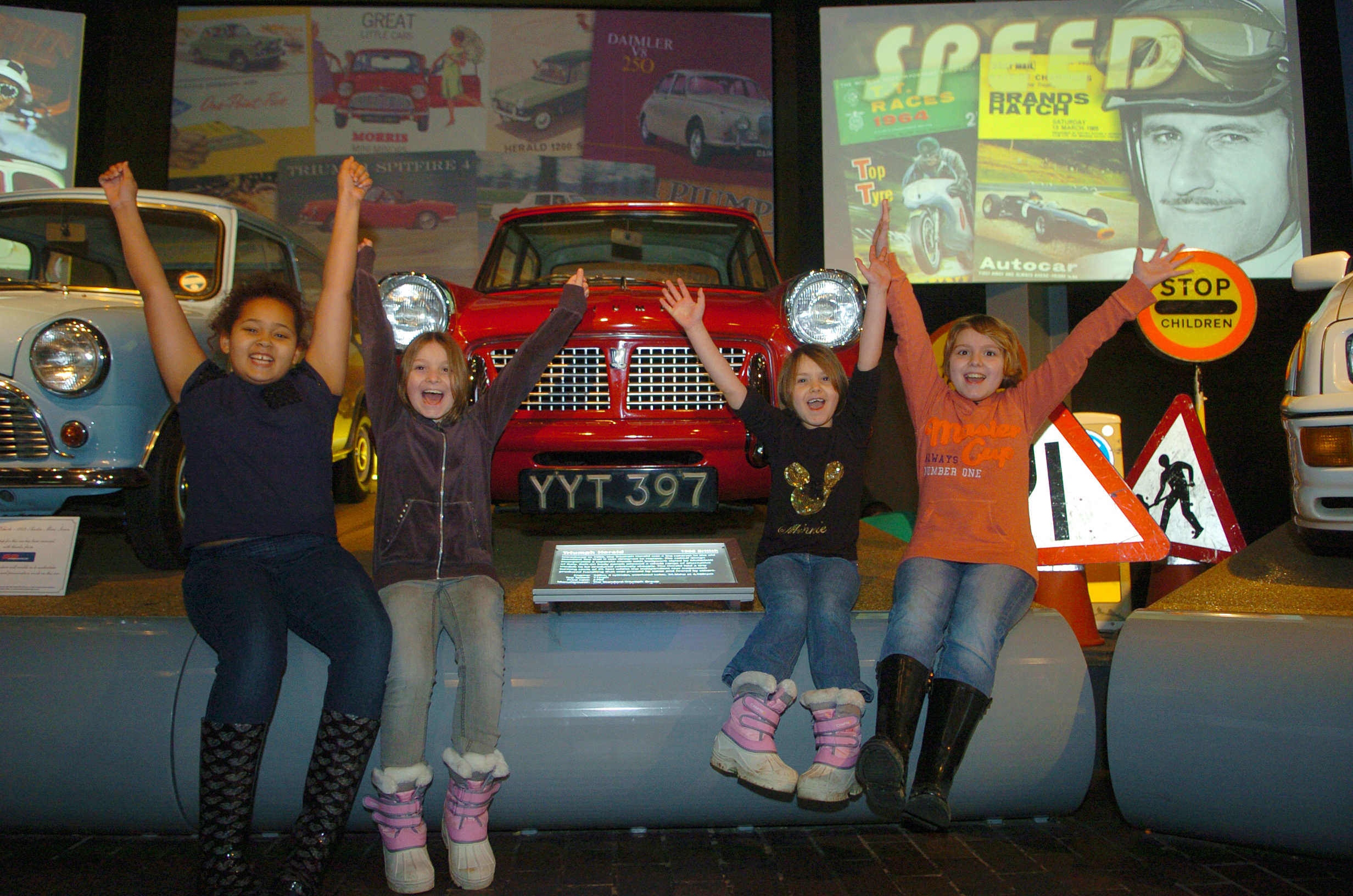 blog/196/Kids in cars_visiting Beaulieu museum