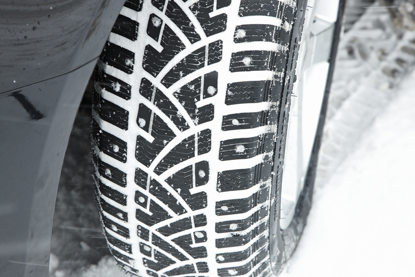 image of a tyre in snow conditions
