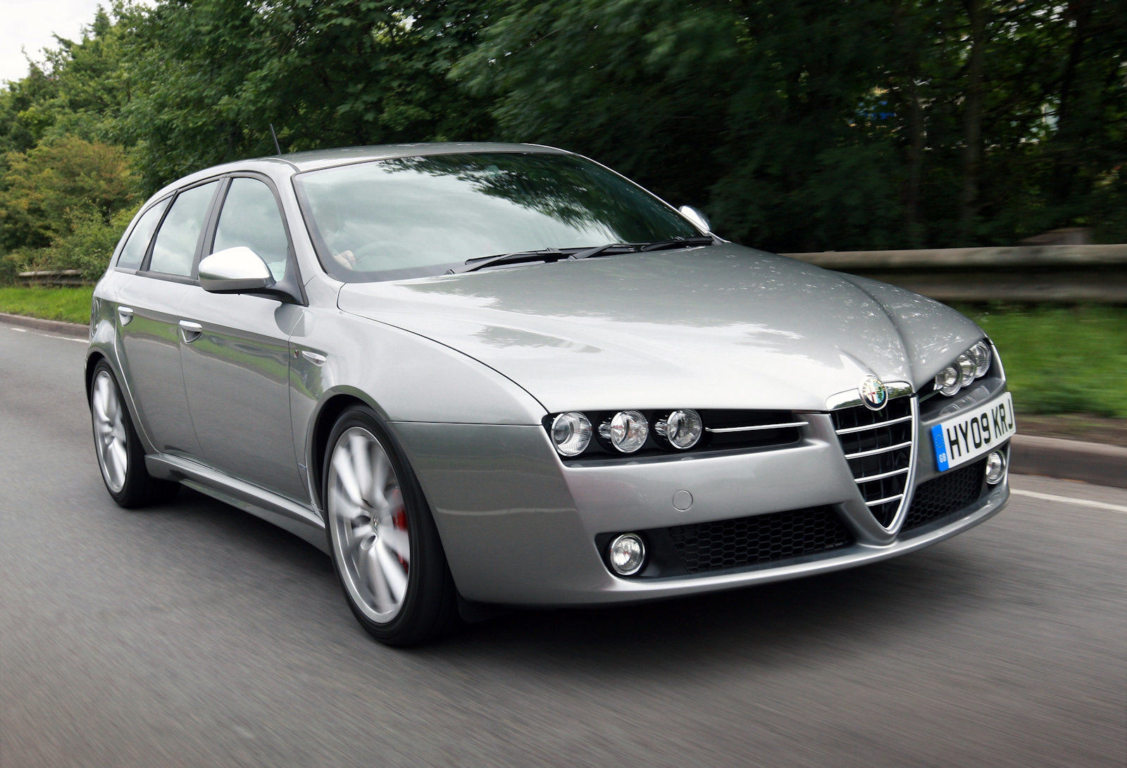 image of a Alfa Romeo 159 car exterior