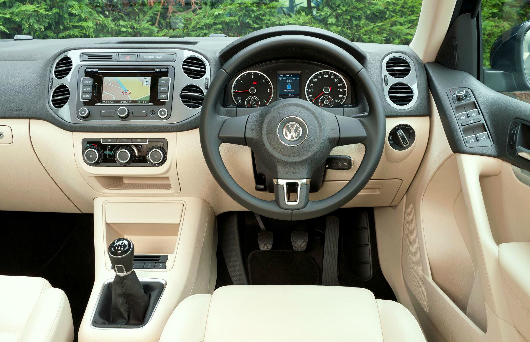 image of a volkswagen tiguan car interior