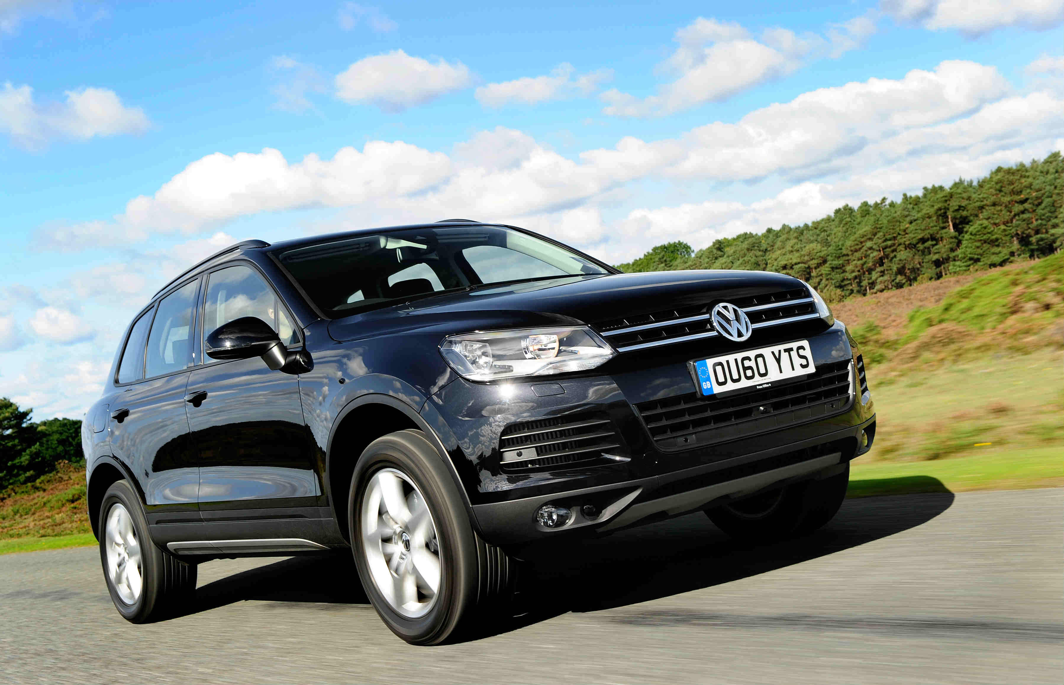 image of a black volkswagen touareg car exterior