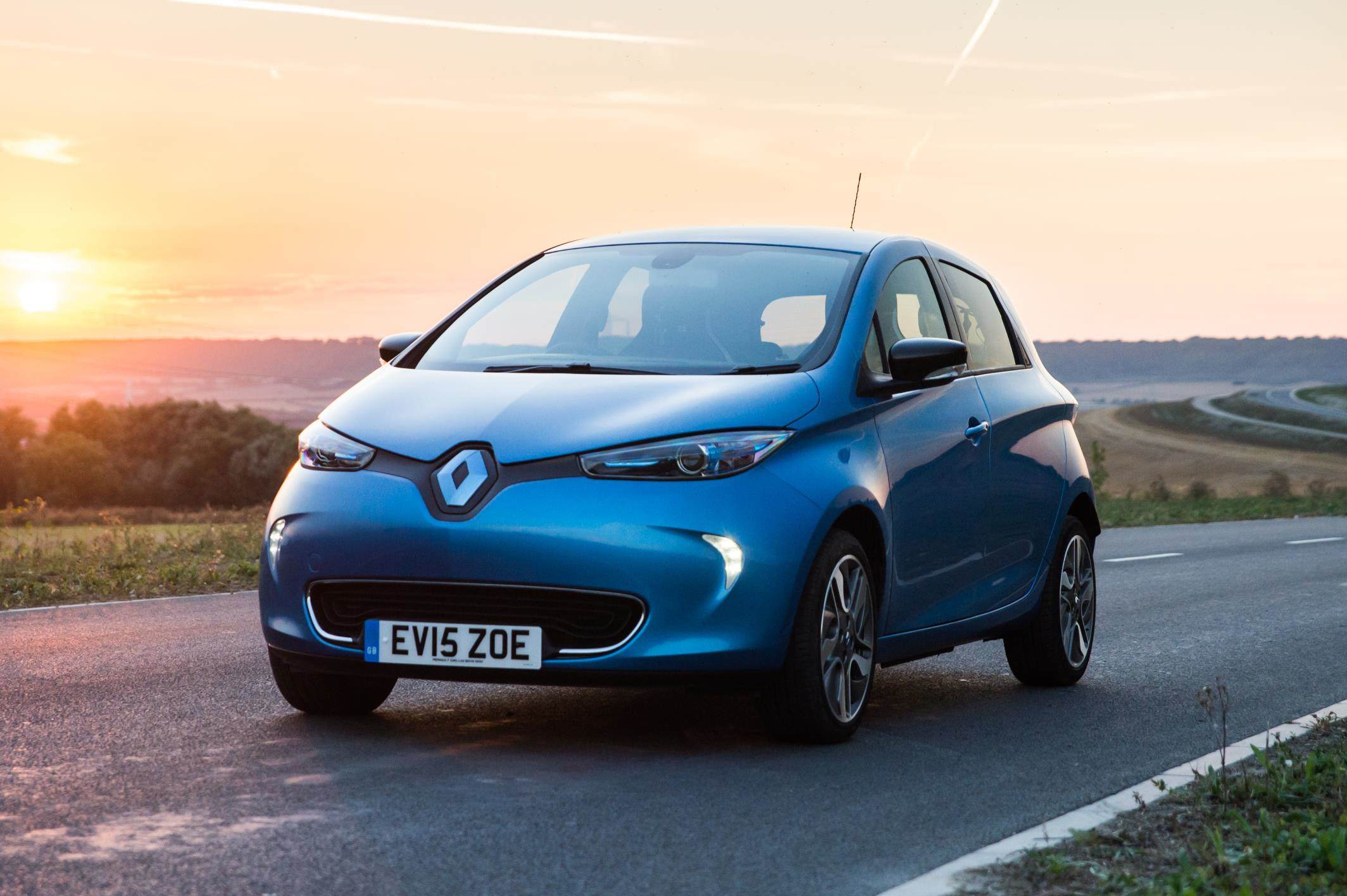 image of a blue renault zoe car exterior
