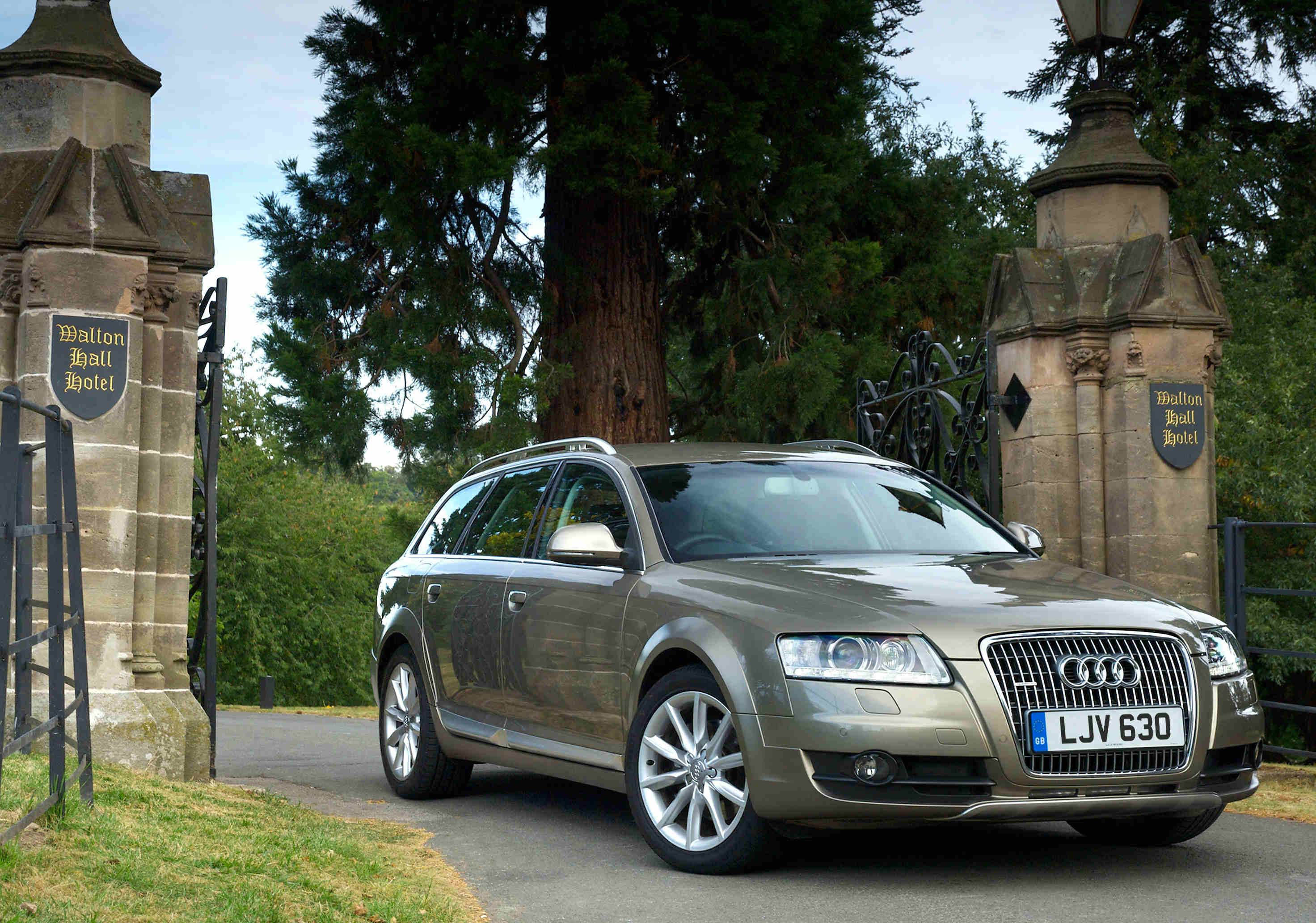 image of an audi a6 allroad car exterior