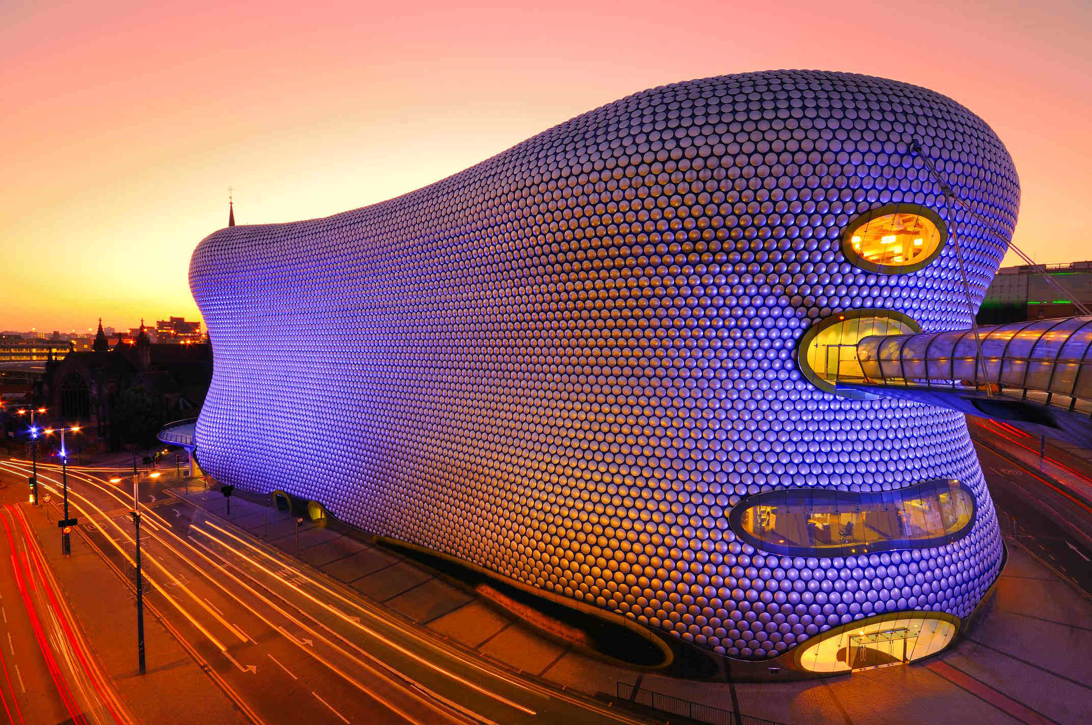 image of the ncp birmingham bullring car park