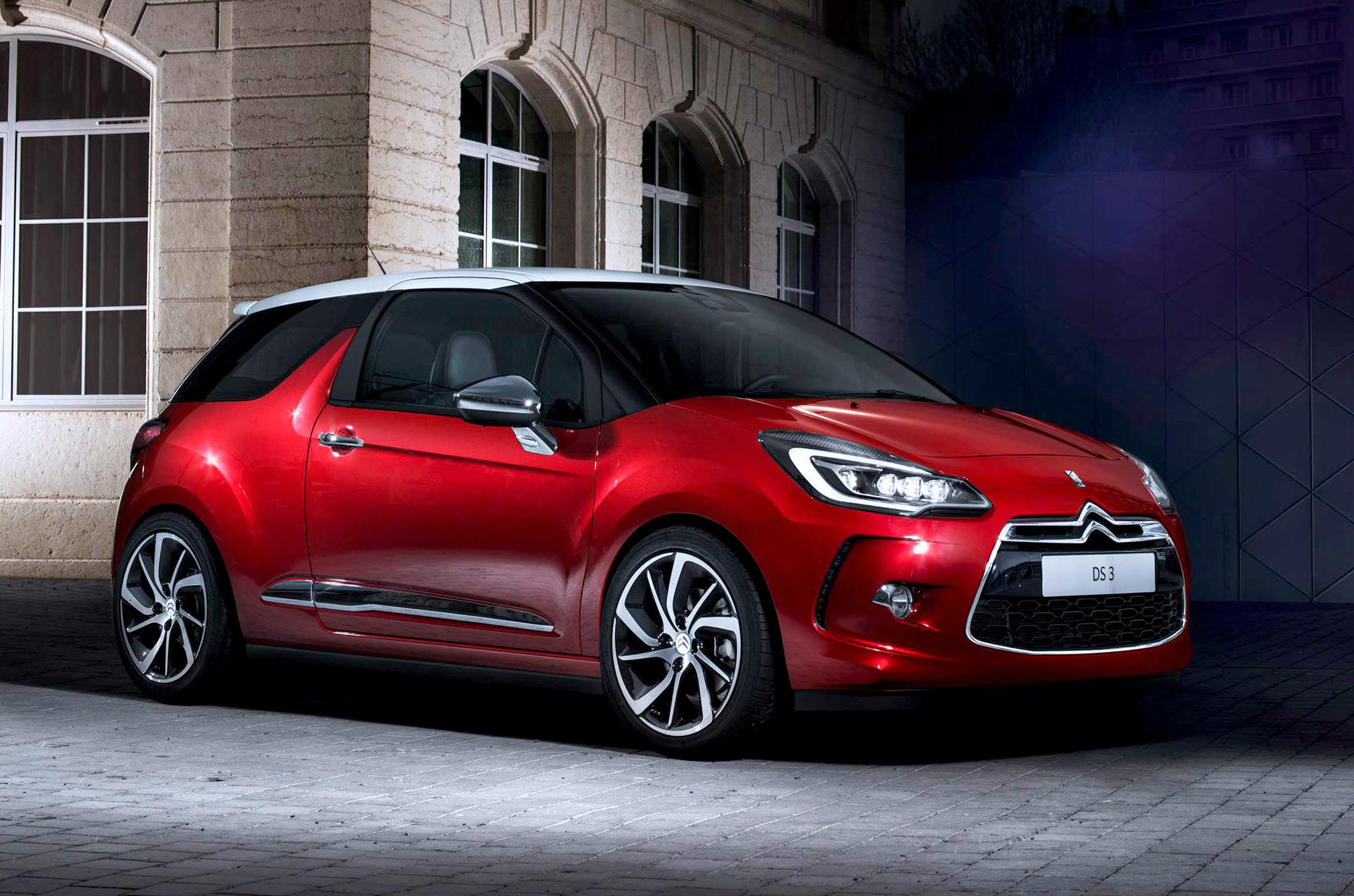 image of a red ds 3 car exterior