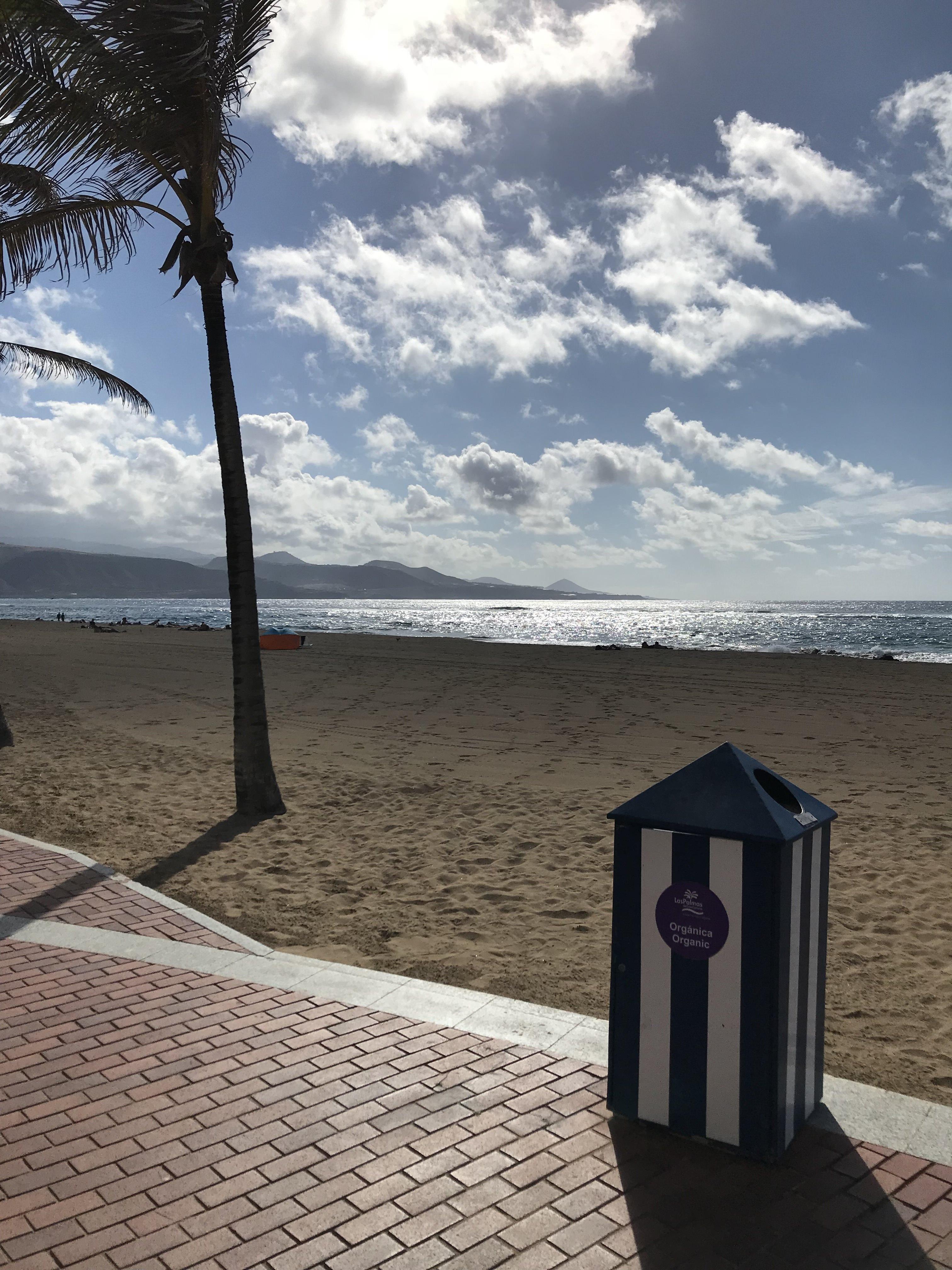 Sunny beach in Las Palmas, Gran Canaria