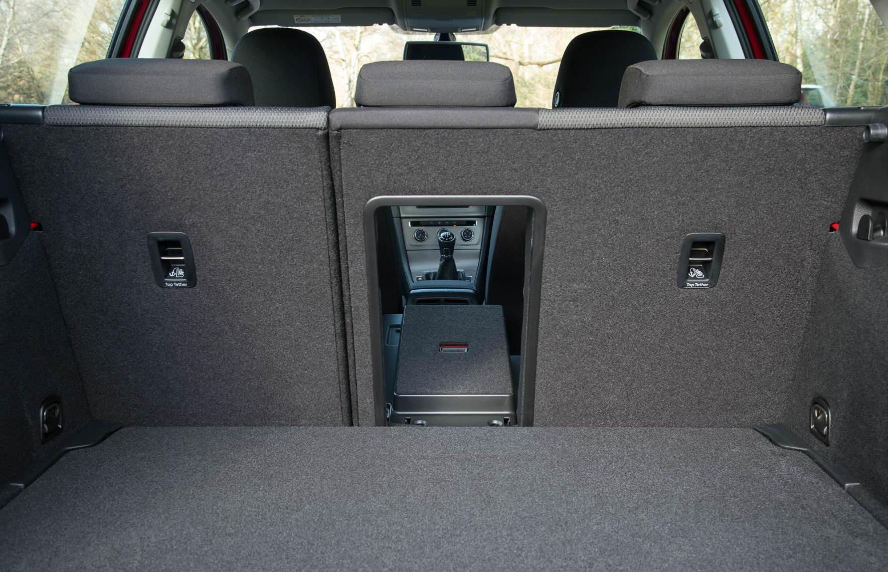 Volkswagen Golf mk7 boot space is 380 litres