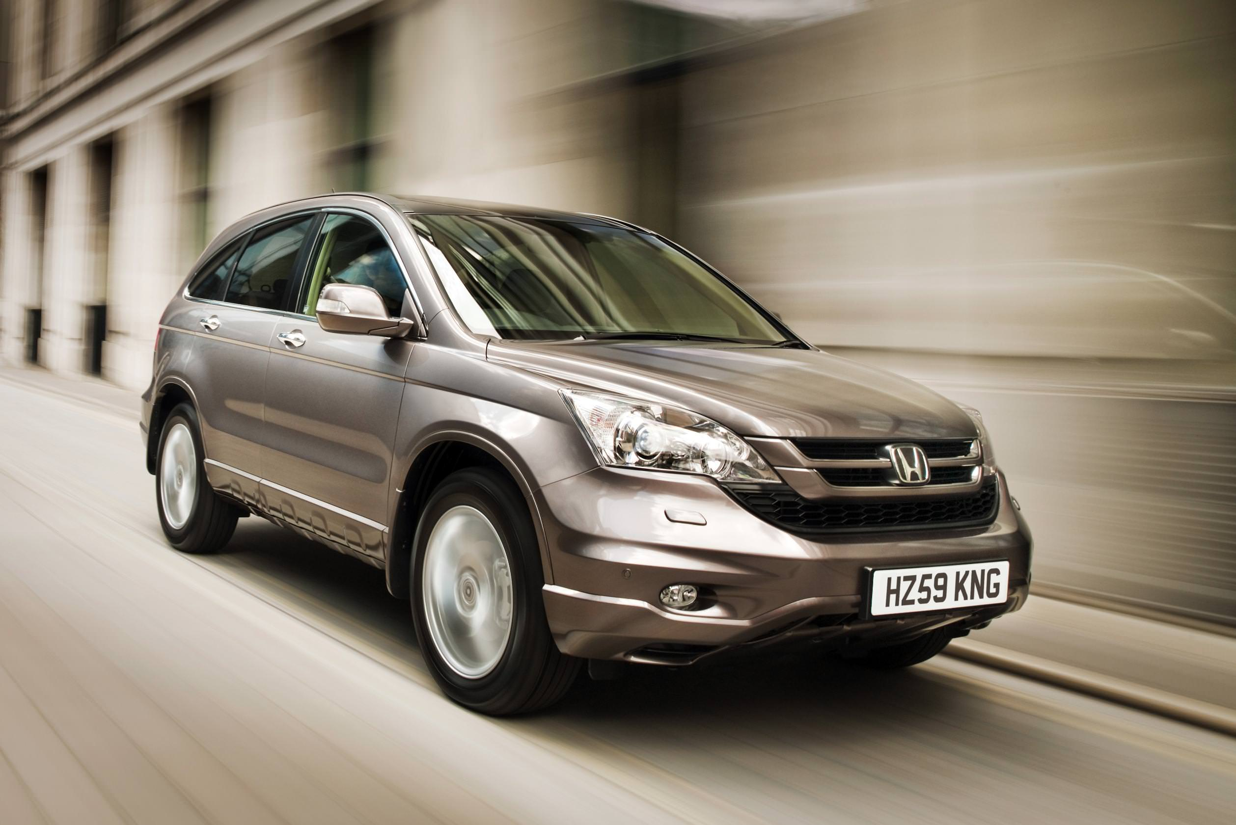 One of the best used family cars for £600 - Honda CR-V