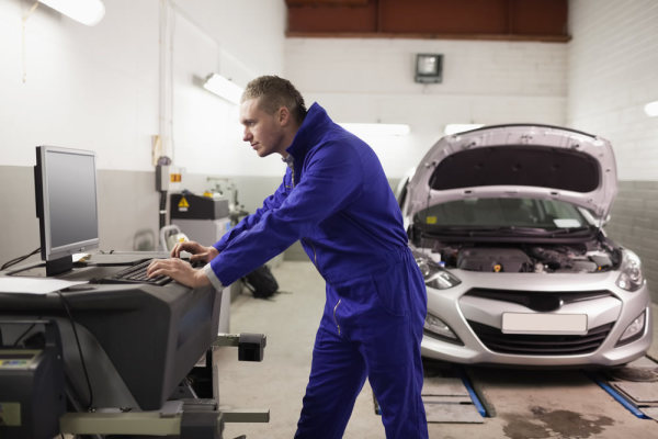 Service with a smile? Comparing franchised dealers with independent garages and fast-fit centres
