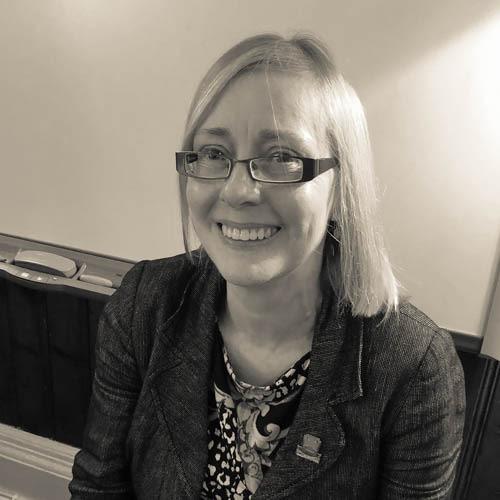 Mrs Fiona Macmillan, MA (Hons), PGDE
