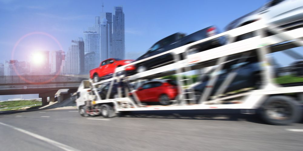 Car Shipping animated truck