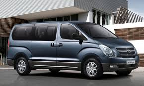 9 Seater Car >> Travel In Comfort This Easter Holiday With A 9 Seater Car Hire