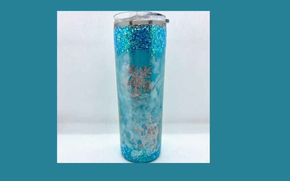 Glitter tumbler with snowflakes using a milky way technique