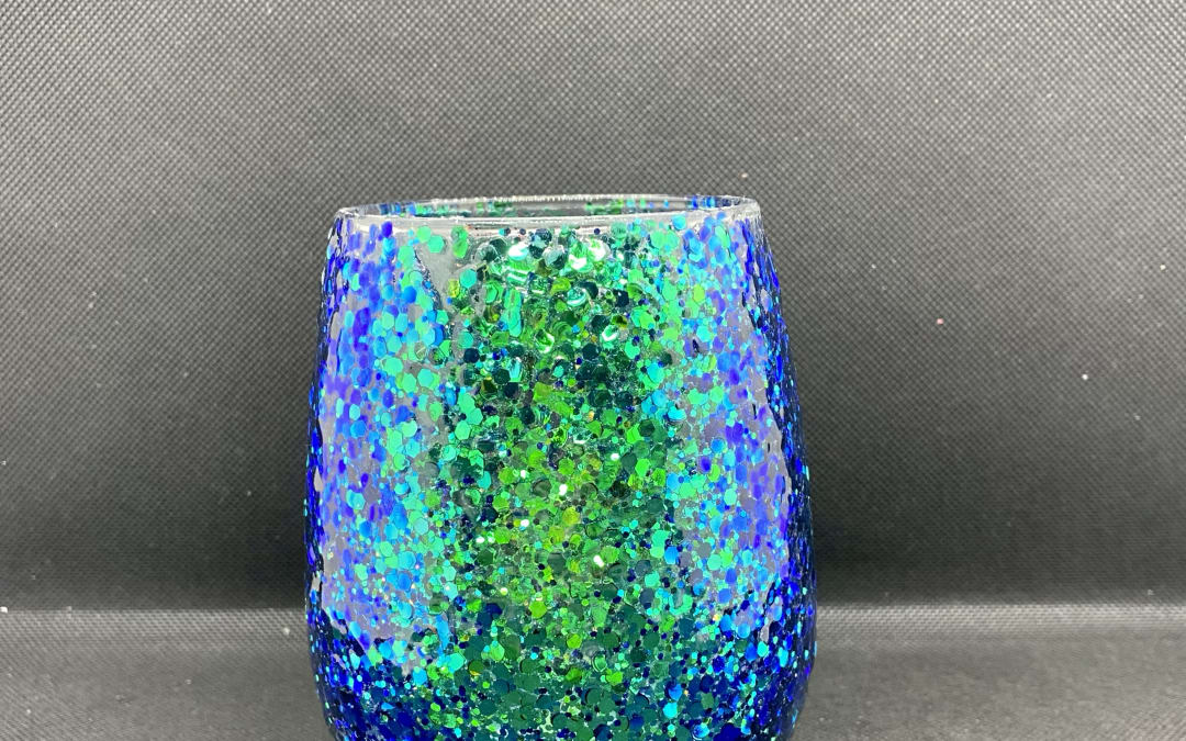 Color Shifting Wine Glass