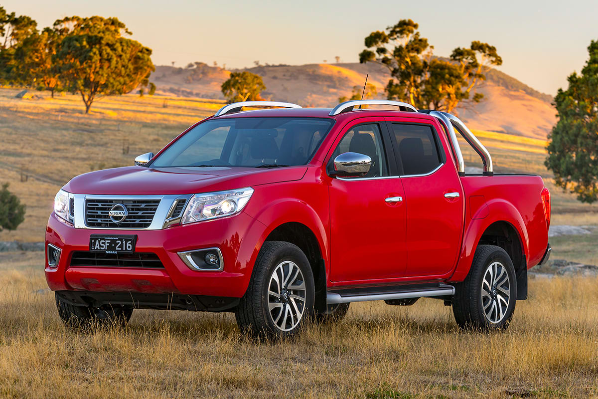 nissan navara st x 2018 review snapshot carsguide. Black Bedroom Furniture Sets. Home Design Ideas