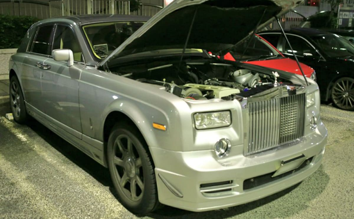 This 900hp 2JZ-GTE Phantom is a playboy's dream! | CarsGuide - OverSteer